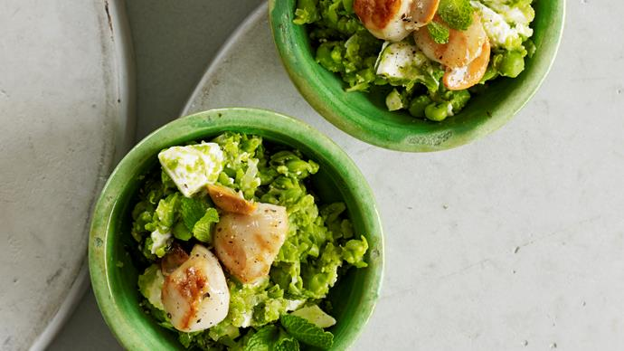 Scallops on pea and feta mash with honey and lemon drizzle