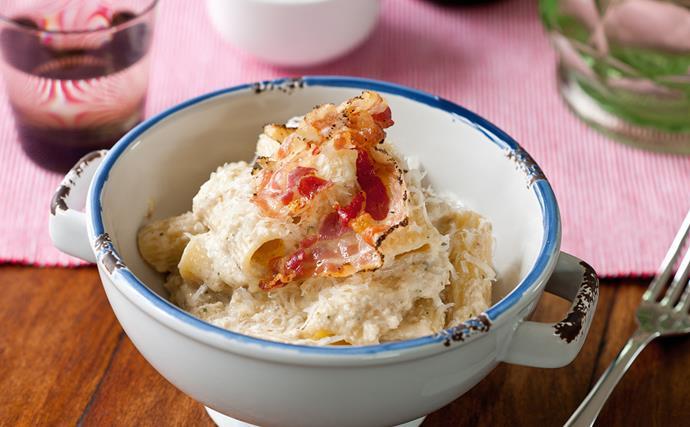 Walnut, ricotta and marjoram sauce on rigatoni pasta