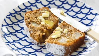 Spicy pear loaf