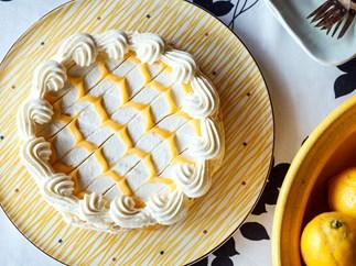 Tangy lemon torte