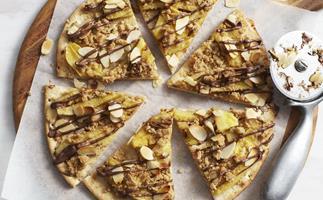Banana and choc-hazelnut dessert pizza