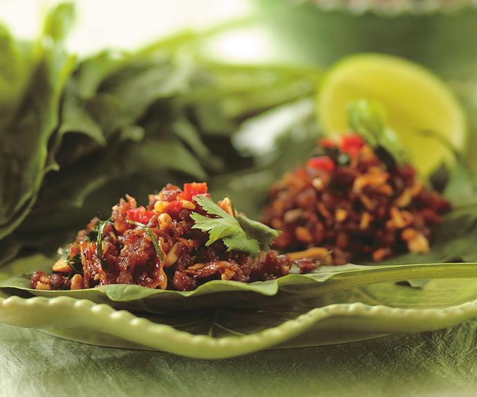 Sticky pork with kaffir lime leaves