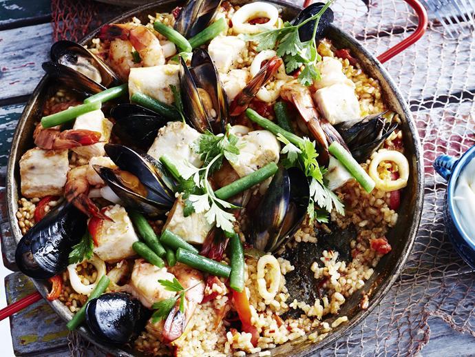 "**[Seafood paella](https://www.womensweeklyfood.com.au/recipes/seafood-paella-23953|target=""_blank"")**"