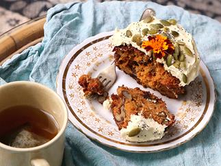 Carrot, orange and ginger cakes with mascarpone