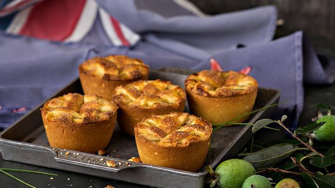Feijoa pies with sugar lattice crust