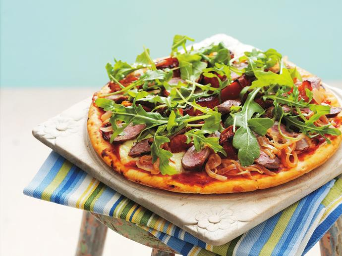 "A [healthy pizza](https://www.womensweeklyfood.com.au/recipes/caramelised-onion-lamb-and-rocket-pizza-6844|target=""_blank"") the whole family will enjoy with tender lamb, caramelised onion and fresh leaves of rocket."
