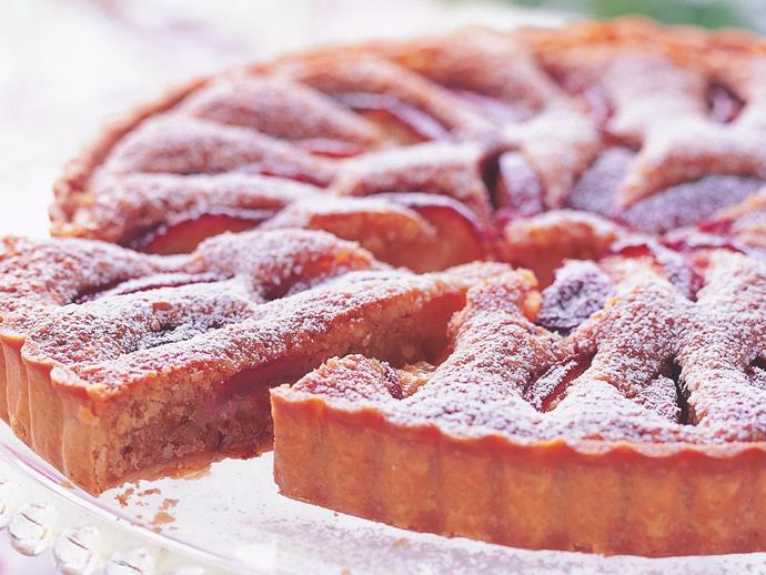 "**[Nectarine and macadamia tart](https://www.womensweeklyfood.com.au/recipes/nectarine-and-macadamia-tart-6847|target=""_blank"")**  The macadamia filling is similar to the more common almond frangipane."