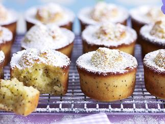 Orange and poppy seed friands