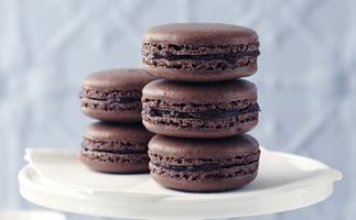 Chocolate French macaroons