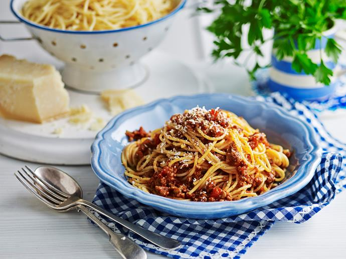 """Thick, hearty and meaty, Julie Goodwin's delicious [beef bolognese sauce](https://www.womensweeklyfood.com.au/recipes/julie-goodwins-6-hour-bolognese-28632