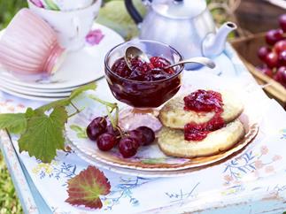 Fresh grape jelly