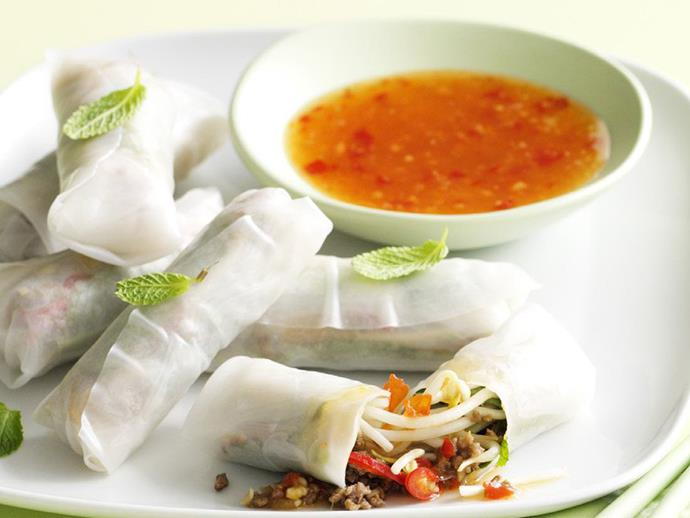 "**[Lemongrass and beef rice paper rolls](https://www.womensweeklyfood.com.au/recipes/lemongrass-and-beef-rice-paper-rolls-10613|target=""_blank"")**  You can make these lemongrass and beef rice paper rolls ahead of time, just place them seam-side down on a tray lined with plastic wrap, cover with damp paper towel and refrigerate until ready to serve."