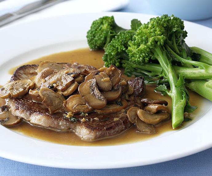 Minute steaks with mushroom sauce and broccolini