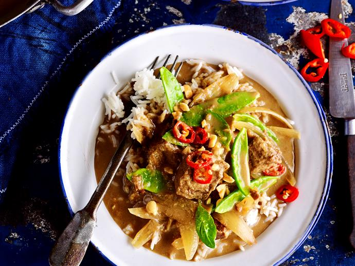 "Love Thai food? Then you can't go past this full-of-flavour [coconut curried beef](https://www.womensweeklyfood.com.au/recipes/coconut-curried-beef-28664|target=""_blank"") - hearty and delicious."