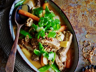 Red pork with lychee curry