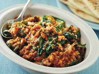 Red lentil, mushroom and spinach curry