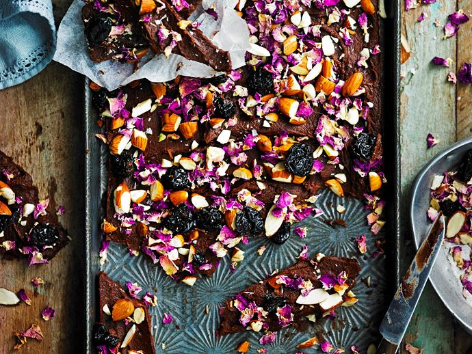 """Satisfy your sweet cravings with this deliciously [healthy raw turkish bark](https://www.womensweeklyfood.com.au/recipes/raw-turkish-delight-bark-28695