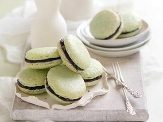 peppermint french macaroons
