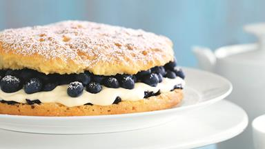 Easy blueberry shortcake