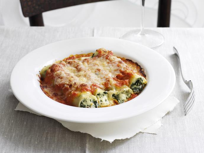 """**[Spinach and herb cannelloni](https://www.womensweeklyfood.com.au/recipes/spinach-and-herb-cannelloni-13321