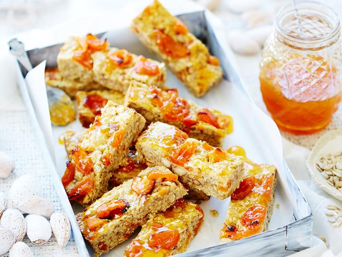 "A sweet treat for all the health nuts out there! This gorgeous [apricot and almond muesli slice](https://www.womensweeklyfood.com.au/recipes/apricot-and-almond-muesli-slice-28783|target=""_blank"") is naturally sweetened and packed full of healthy wholefood ingredients that will keep you fueled for the day."