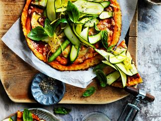 Cauliflower 'pizza' with mozzarella and zucchini