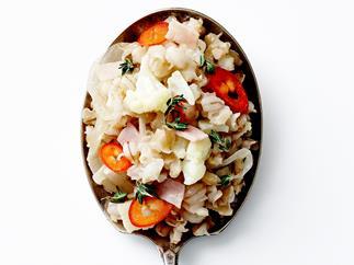 Barley, thyme and cauliflower pilaf