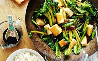 Tofu and sugar snap pea stir-fry