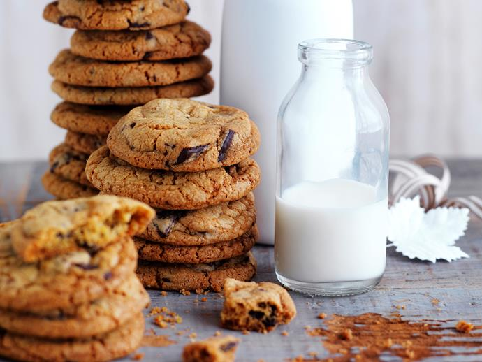 "**[Chocolate chip cookies](https://www.womensweeklyfood.com.au/recipes/chocolate-chip-cookies-28702|target=""_blank"")**"