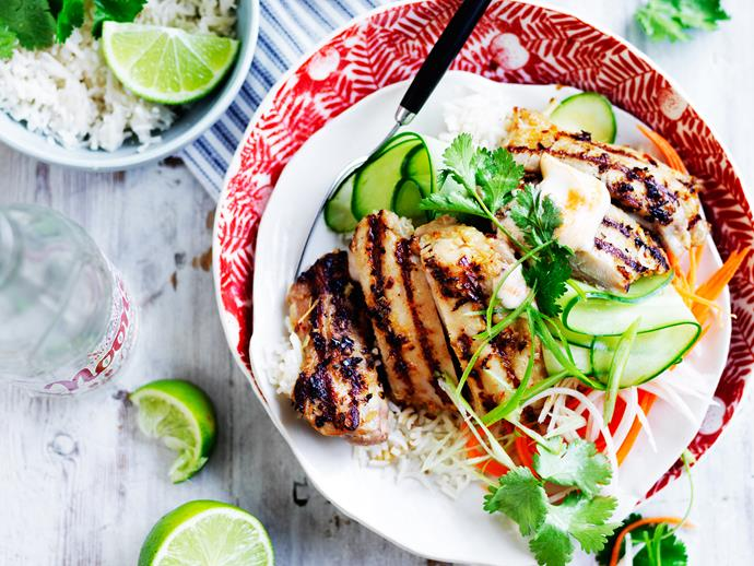 "Fragrant, flavoursome and so delicious! You can't go wrong with this quick and easy [Vietnamese lemongrass and chicken bowl](https://www.womensweeklyfood.com.au/recipes/lemongrass-chicken-bowl-28869|target=""_blank"") for dinner tonight!"
