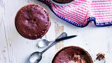 Chocolate nutella mug puddings