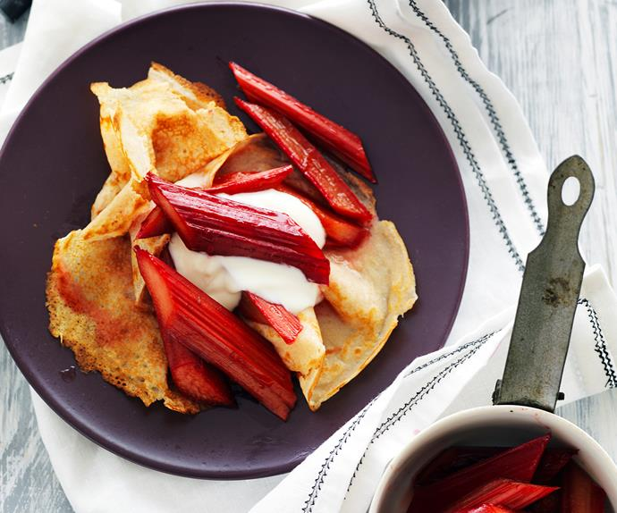 spelt crêpes with rhubarb in rose syrup