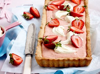 Strawberries and cream tart with almond crust