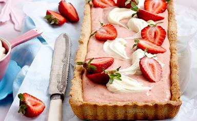 Strawberries and cream tart with almond crust