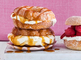 Deep-fried caramel cream doughnuts