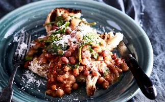 Slow-cooker parmesan, spinach and bean ragu