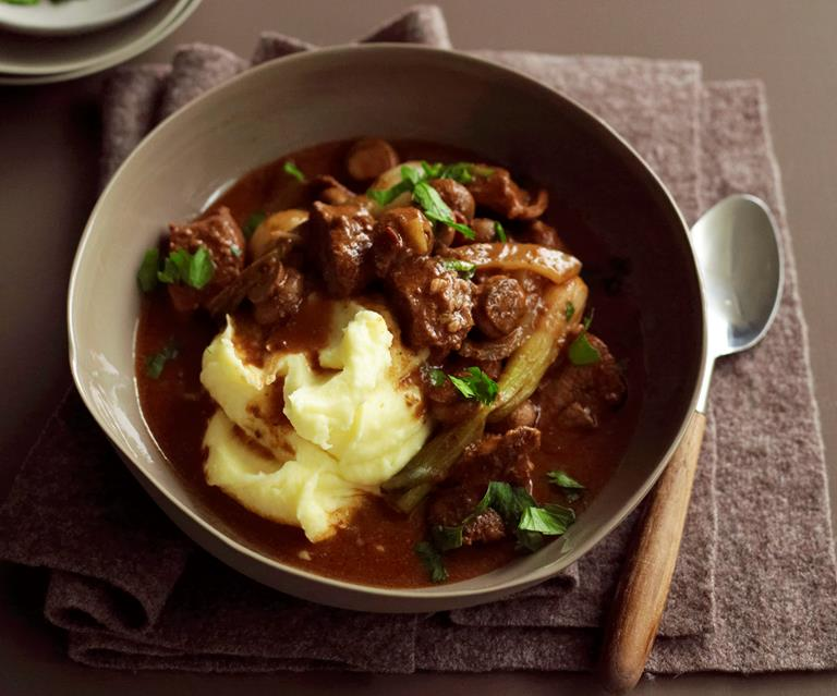 Slow Cooker Beef Mushroom And Red Wine Stew Australian Women S Weekly Food