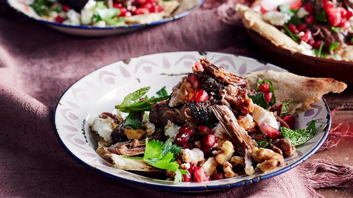 Lamb salad with pomegranate and walnuts