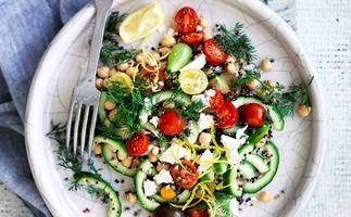 Lemon and dill chickpea salad