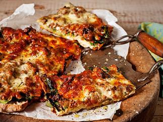Spiced lamb turkish pizza