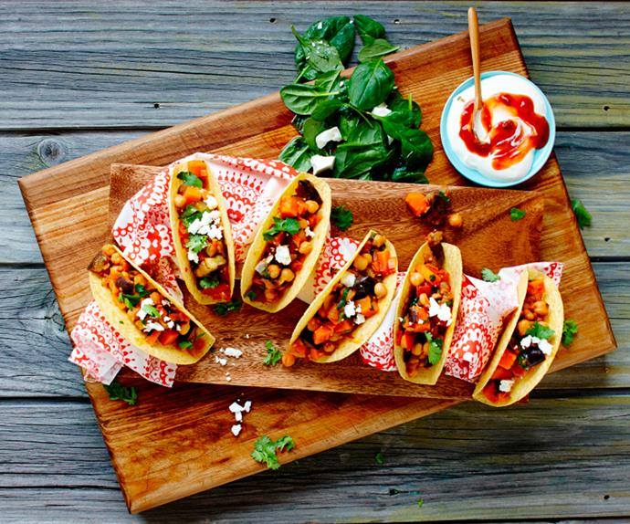 Quick and easy classic vegetarian tacos