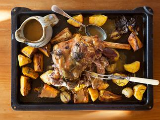 Family roast lamb