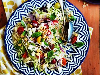 Quinoa, zucchini and fetta salad