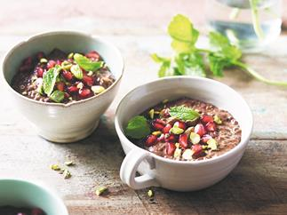 Turkish delight choc chia pudding