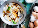 Fried eggs and spiced yoghurt sauce