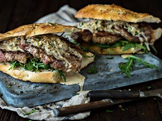 Campfire steak au Poivre sandwiches