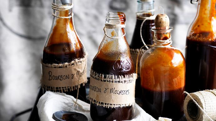 Bourbon molasses barbecue sauce