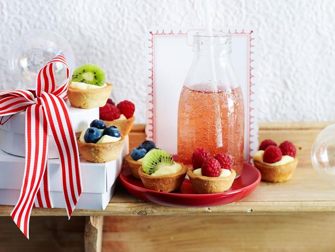 "Sweet petite [custard and fruit tarts](https://www.womensweeklyfood.com.au/recipes/custard-fruit-tarts-29387|target=""_blank"") are delicious dessert appetiser to take to Christmas dinner. Make ahead to save time and assemble close to serving."