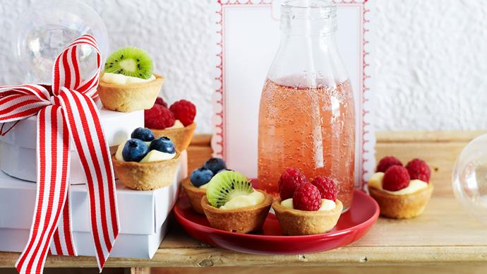 Custard fruit tarts