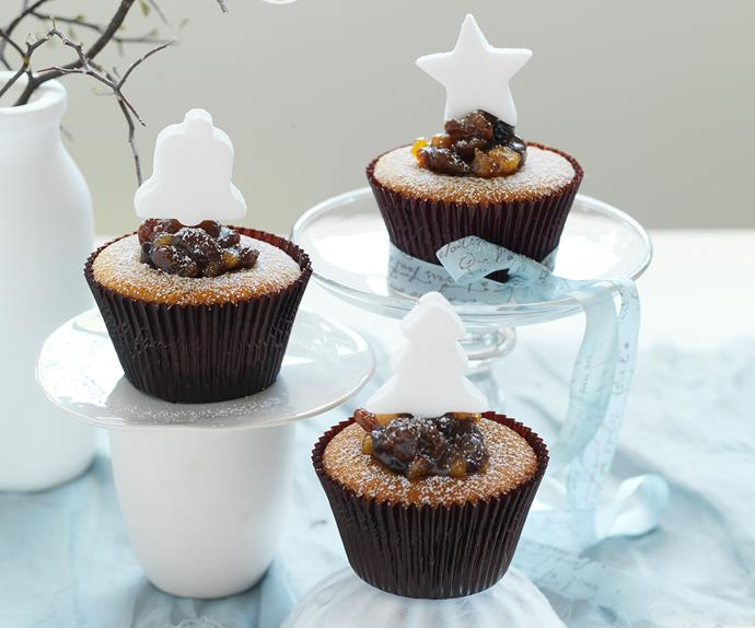 Spicy Christmas cupcakes